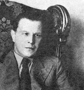 Tadeusz Dołęga-Mostowicz (ur. 10 sierpnia 1898 w Okuniewie na Witebszczyźnie, zginął 20 września 1939 w miejscowości Kuty na Pokuciu) – polski pisarz,