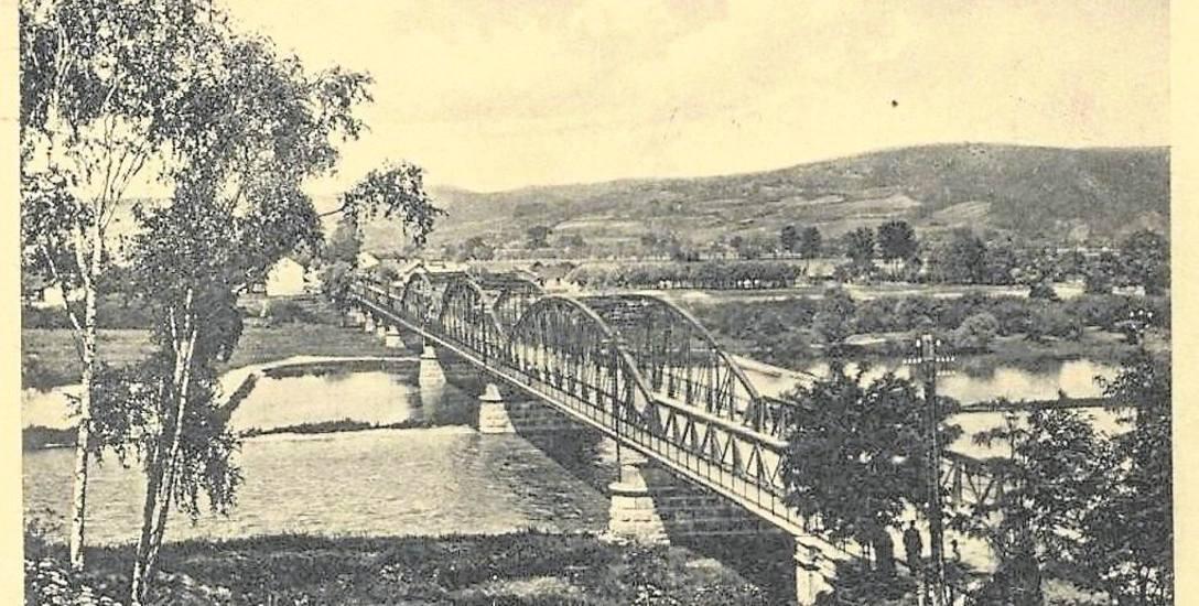 Przedwojenny most w kierunku os. Helena. Widok ze wzgórza zamkowego.
