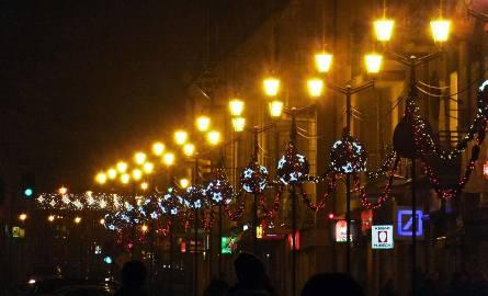 10 miast – w tym tak pięknie oświetlony Białystok – czeka dziś jeszcze do godz. 12 na głosy poparcia w naszym plebiscycie