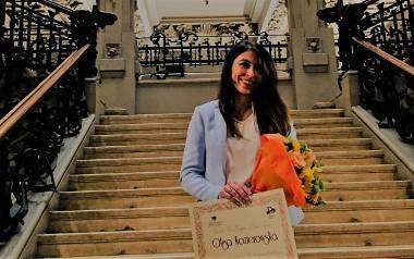 """Europejska nagroda """" European Women's Tertiary Award"""" dla Sukcesu Pisanego Szminką"""