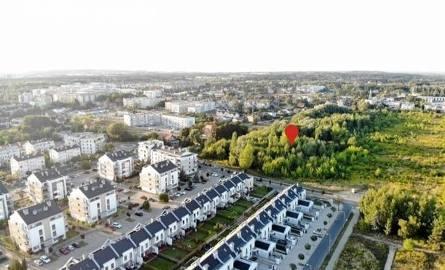 Mieszkańcy Naramowic są zaniepokojeni dużym tempem zabudowy swojej dzielnicy: po apelu na Facebooku ułożyli petycję do władz miasta, domagając się utworzenia