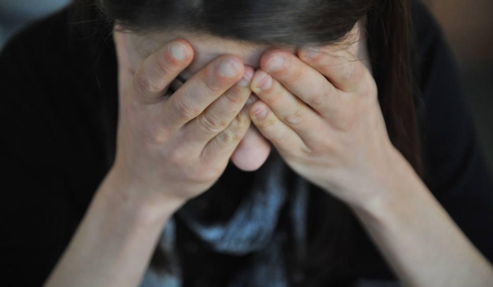 Film do artykułu: Molestowanie na uczelni. Studenci z Łodzi wypełniają specjalną ankietę