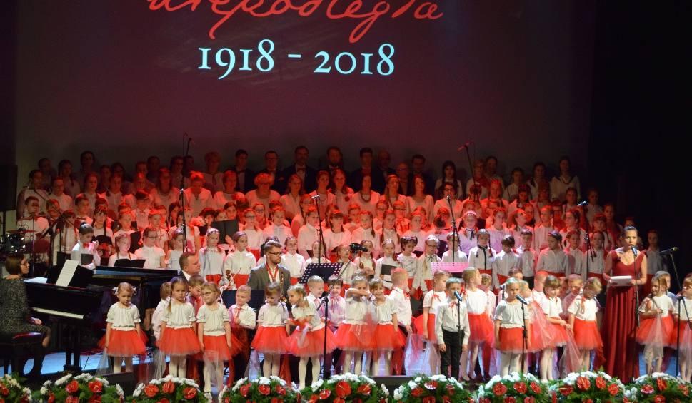 Film do artykułu: Koncert na stulecie Niepodległej w Szczecinku. Piękne zwieńczenie święta [wideo]