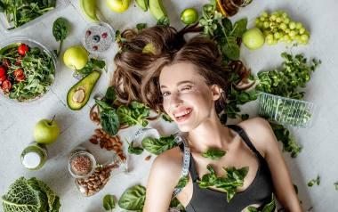 Łap witaminy i jedz zielone! Warto.
