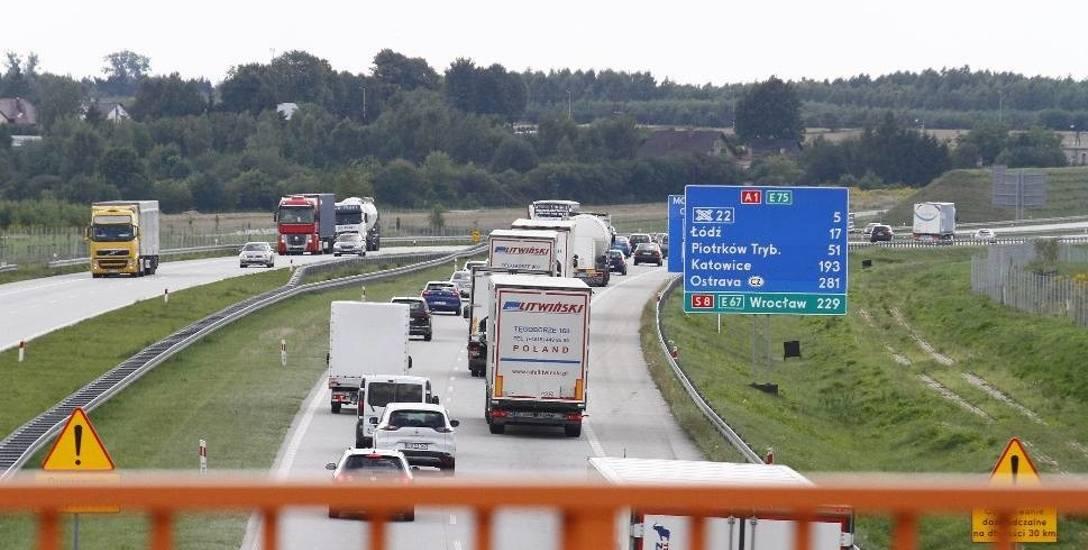 GDDKiA otworzyła oferty na budowę ostatniego z pięciu odcinków autostrady A1 od Tuszyna do Częstochowy.