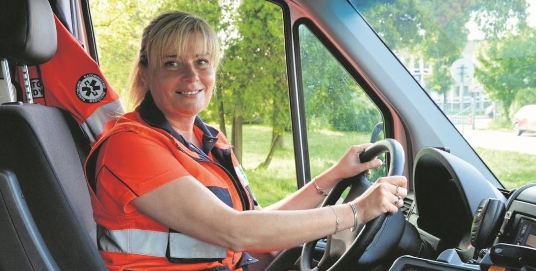 Anna Sołek po wielu latach spełniła swoje marzenie. Jest ratownikiem medycznym i kierowcą w karetce pogotowia. Jest szczęśliwa, swoją miłością do pracy