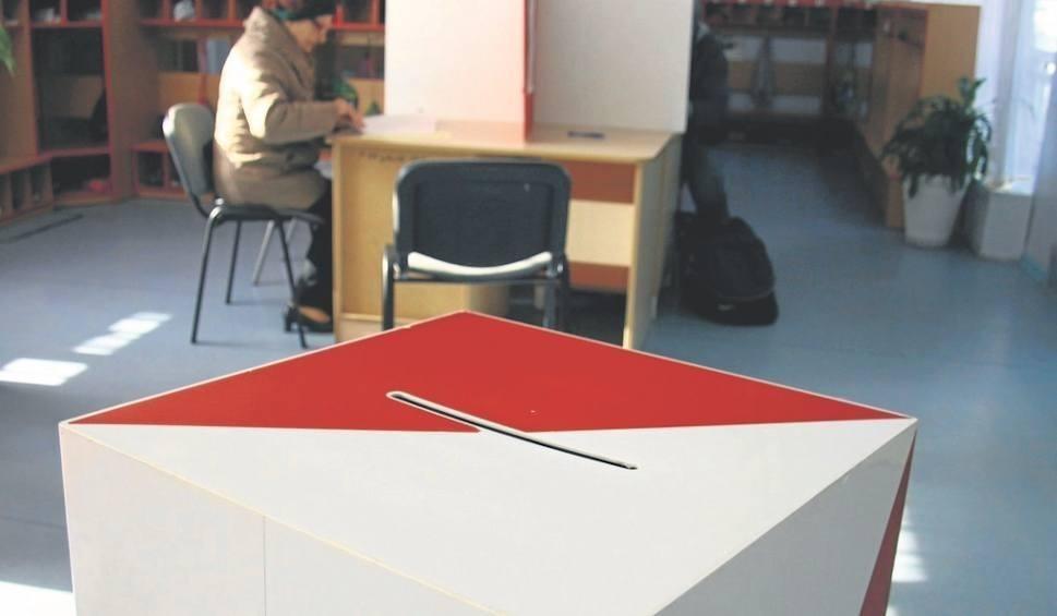 Film do artykułu: Wybory samorządowe 2018: Jak poprawnie oddać głos? [wideo]