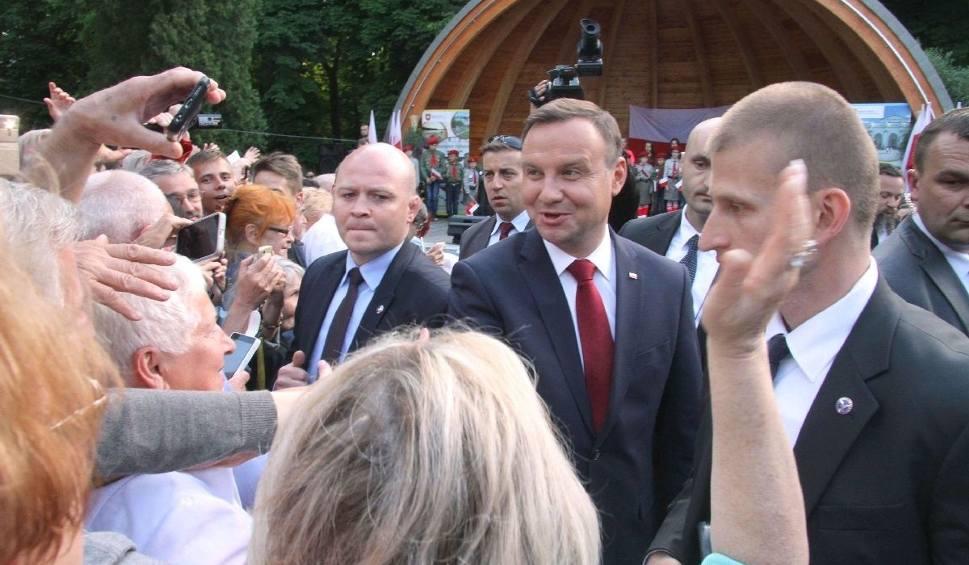 Film do artykułu: Prezydent Andrzej Duda gościł do Buska. Witały go tłumy