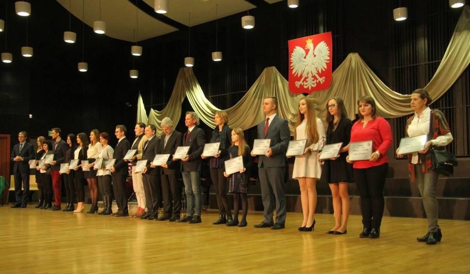 Film do artykułu: Marszałek wręczył Talenty Świętokrzyskie. Dwójka laureatów z Pińczowa
