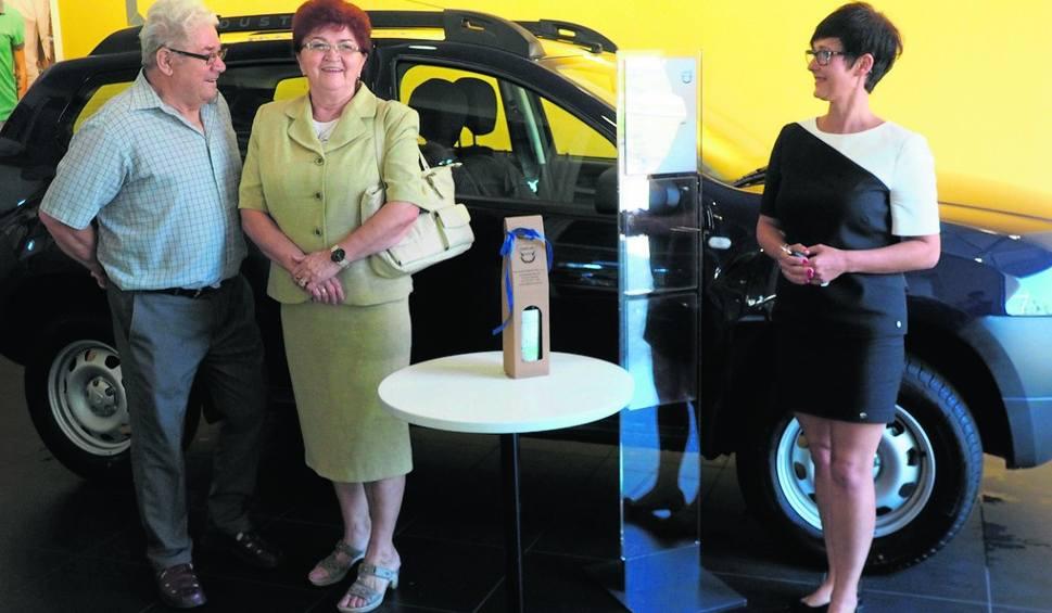 Film do artykułu: Loteria Głosu: Pani Stefania odebrała kluczyki od auta [wideo]