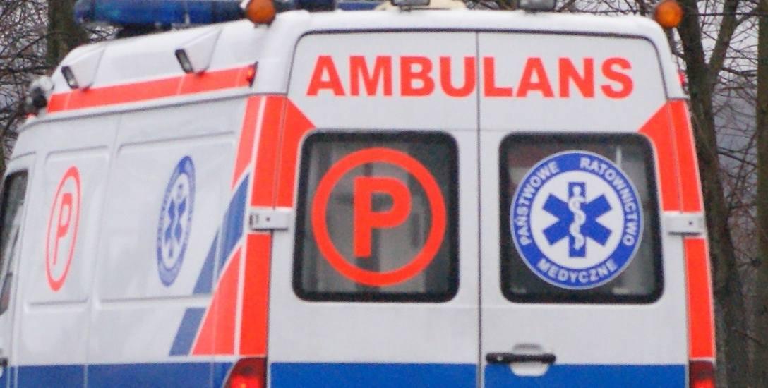 Poranioną kobietę odwieziono do szpitala