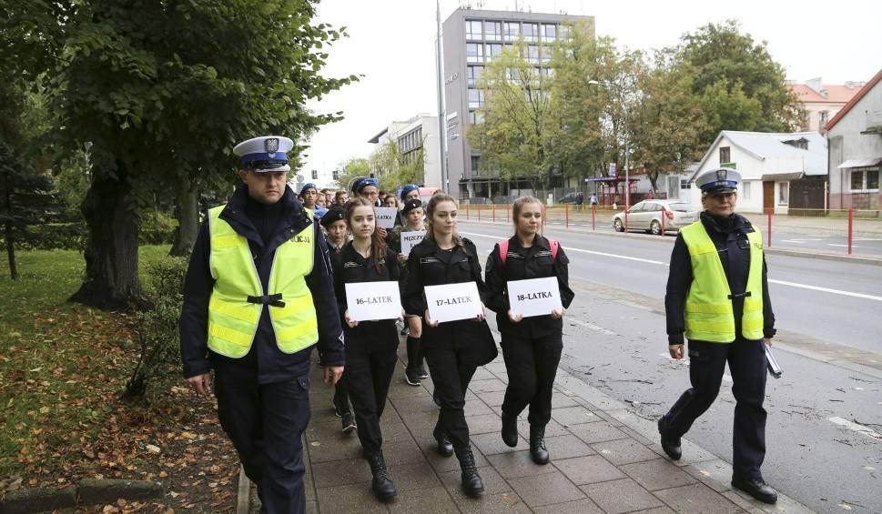 Film do artykułu: Dzień Bez Ofiar Śmiertelnych Wypadków Na Drogach. Happening w Białymstoku (zdjęcia)