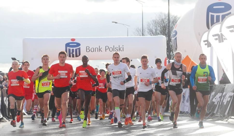Film do artykułu: Półmaraton otworzy sezon biegowy w Rzeszowie. Padnie rekord frekwencji?