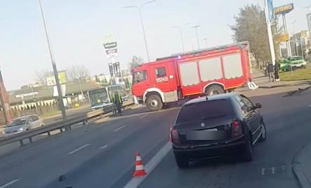 Śmiertelny wypadek w Rumi 20.04.2019. Samochód osobowy potrącił pieszą. Kobieta nie żyje. Policja szuka świadków.