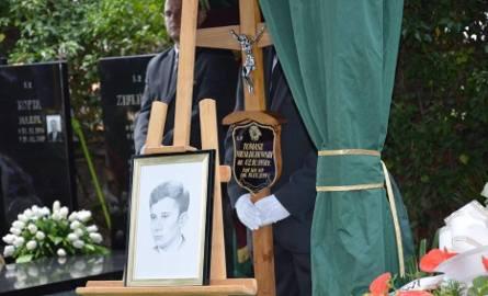Tłumy mieszkańców, samorządowców na pogrzebie Tomasza Niesłuchowskiego