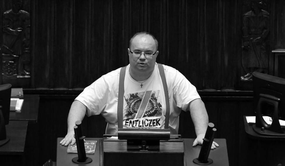 Film do artykułu: Śmierć Rafała Wójcikowskiego. Przewód hamulcowy w samochodzie posła był uszkodzony