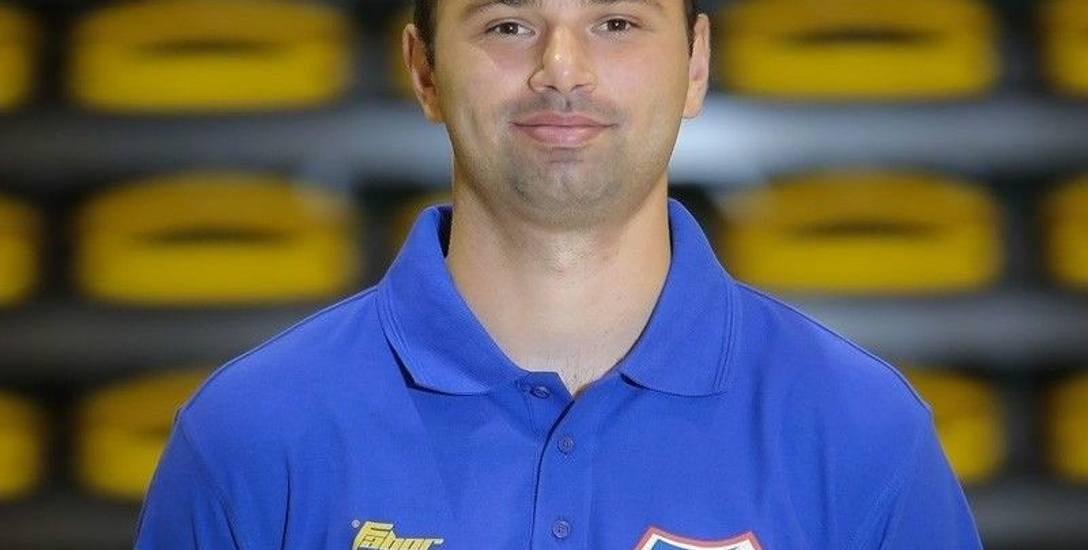 Dominik Stanisławczyk jest kojarzony z największymi sukcesami siatkarek Karpat Krosno w ostatnich latach. Wywalczył z nimi m.in. awans do 1 ligi, a także