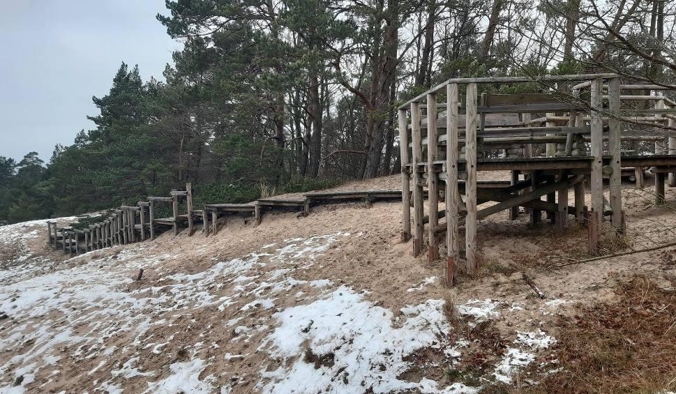 Film do artykułu: Wydma Orzechowska pokryta śniegiem. Zobacz zdjęcia