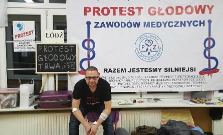 Protest głodowy medyków w Łodzi. Czwarty dzień głodówki