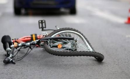 Śmiertelne potrącenie w gminie Aleksandrów, nie żyje 68-letnia rowerzystka