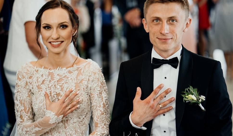 Film do artykułu: Szymon Godyla, najmłodszy radny województwa, stanął na ślubnym kobiercu [WIDEO, ZDJĘCIA]