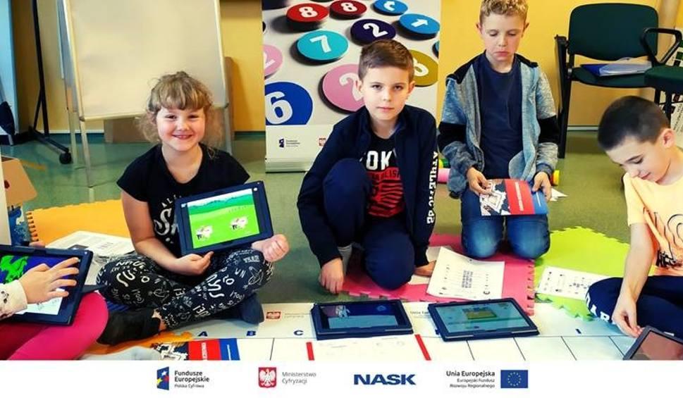 Film do artykułu: Żary. Programowanie to świetna zabawa- mówią dziec z Klubu Młodego Programisty w Żarach.