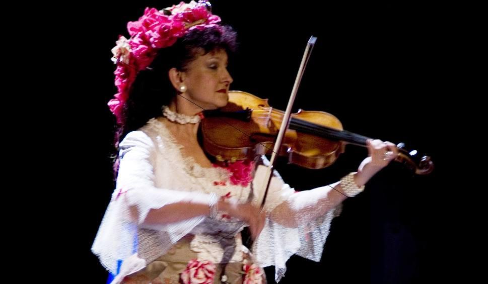 Film do artykułu: Anna Barańska - Wróblewska z gminy Kazanów z tytułem Kobiety Przedsiębiorczej 2018 w powiecie. Organizuje koncerty lekkiej muzyki klasycznej