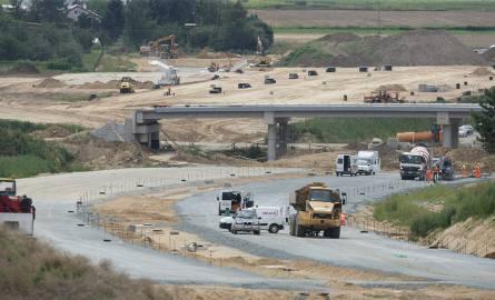 Budowa drogi S5. Okolice węzła Trzebnica, początek sierpnia 2016