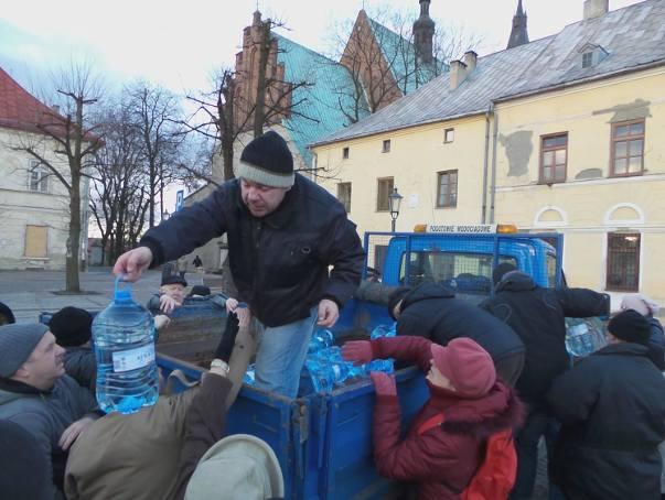 Olkusz, Bolesław, Bukowno i Klucze mają skażoną wodę [RELACJA MINUTA PO MINUCIE]