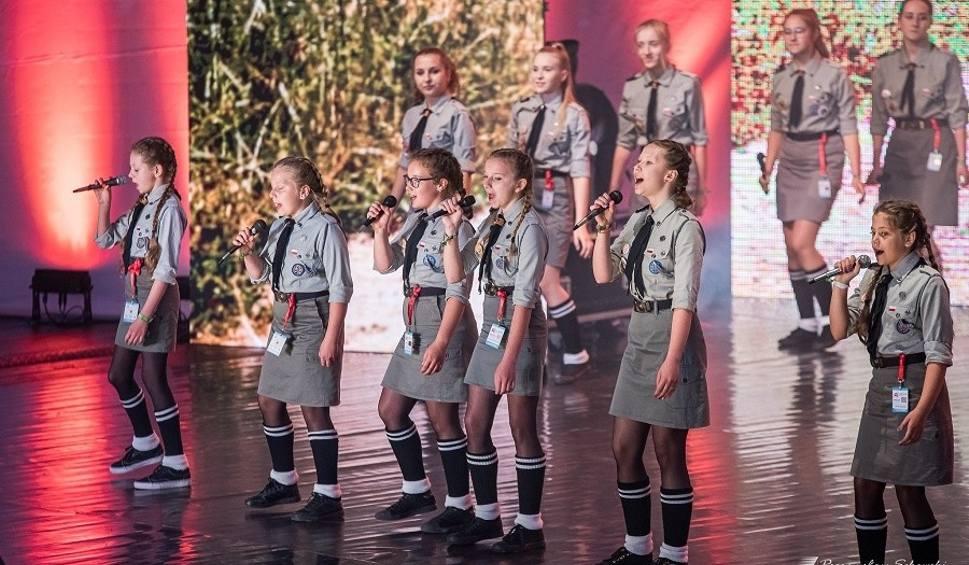 Film do artykułu: Dziewczęta z Mirca wystąpiły na wielkim koncercie festiwalu harcerskiego w Kielcach