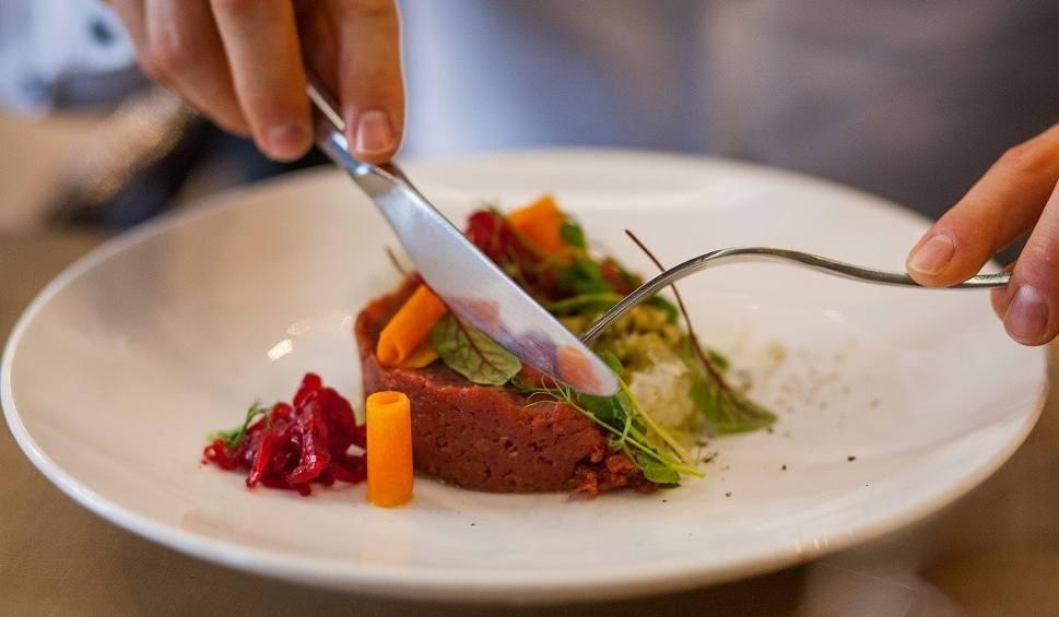 Film do artykułu: SMACZNY GORZÓW: tradycyjne potrawy w nowoczesnym wydaniu w Hotelu Fado!