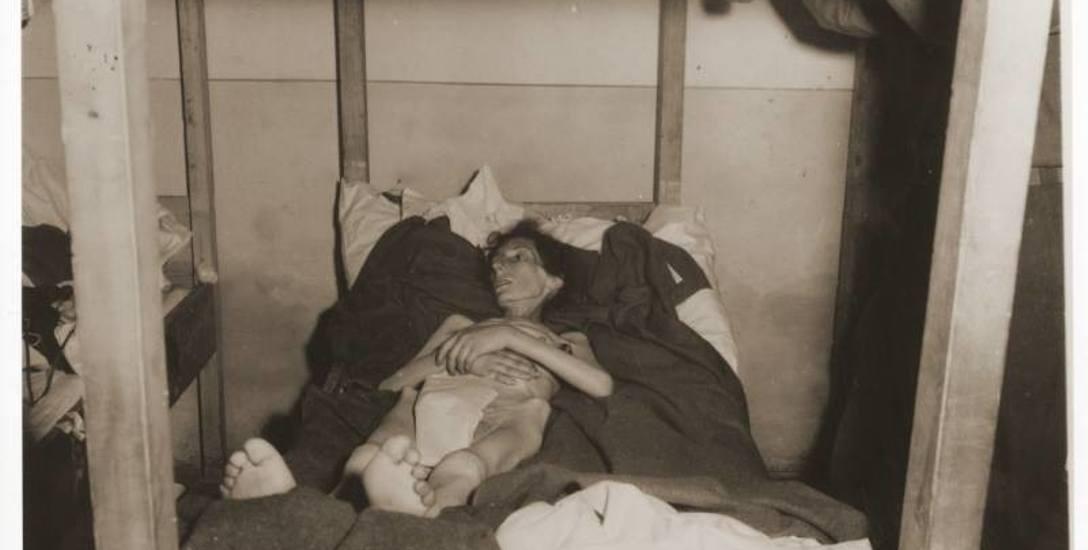 Fela Szeps, 27-letnia dziewczyna z Dąbrowy Górniczej, przeżyła marsz, lecz zmarła z wycieńczenia organizmu 9 maja 1945 roku