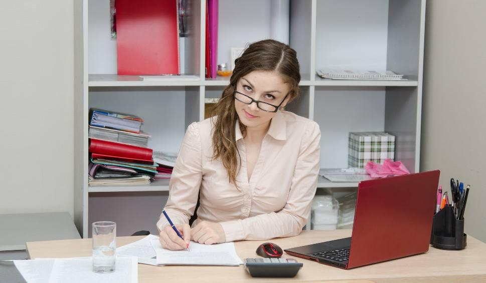 ab8c676e0f4698 Pracujesz w biurze i szukasz nowej pracy?