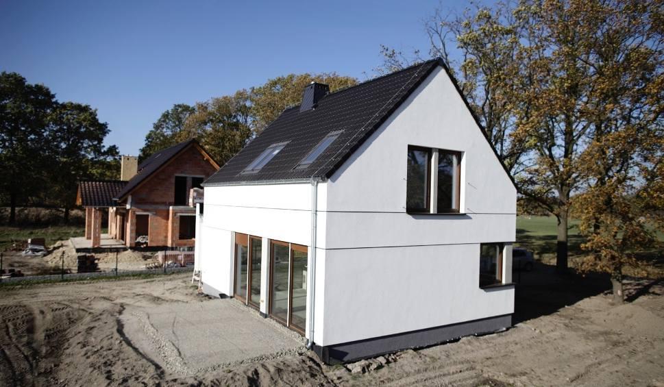 Film do artykułu: Jak wybudować dom za rozsądne pieniądze? Architekt podpowiada