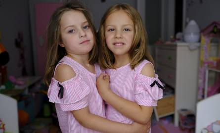 Bliźniaczki z Torunia ścięły włosy, żeby pomóc [ZDJĘCIA]