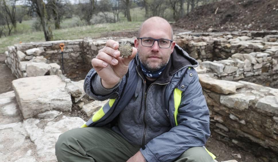 Film do artykułu: Sensacyjne odkrycia podczas prac archeologicznych w Łupkowie! M.in. grot włóczni z epoki brązu
