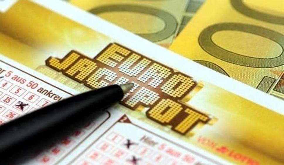 Film do artykułu: Eurojackpot. Wyniki z 16.11.2018 [Eurojackpot, Multi Multi, Ekstra Pensja, Kaskada, Mini Lotto, Super Szansa]