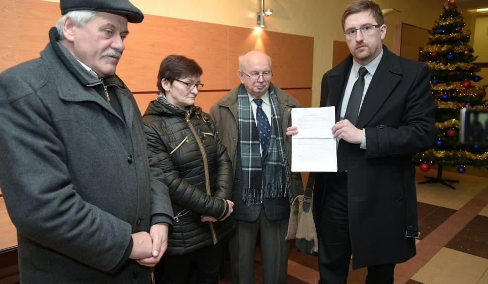 Film do artykułu: Grabówka składa wniosek o odwołanie burmistrza Supraśla (wideo)