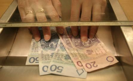 Urzędnicy z województwa łódzkiego na każdym szczeblu samorządu zarabiają poniżej średniej krajowej - wynika ze statystyk Głównego Urzędu Statystycznego