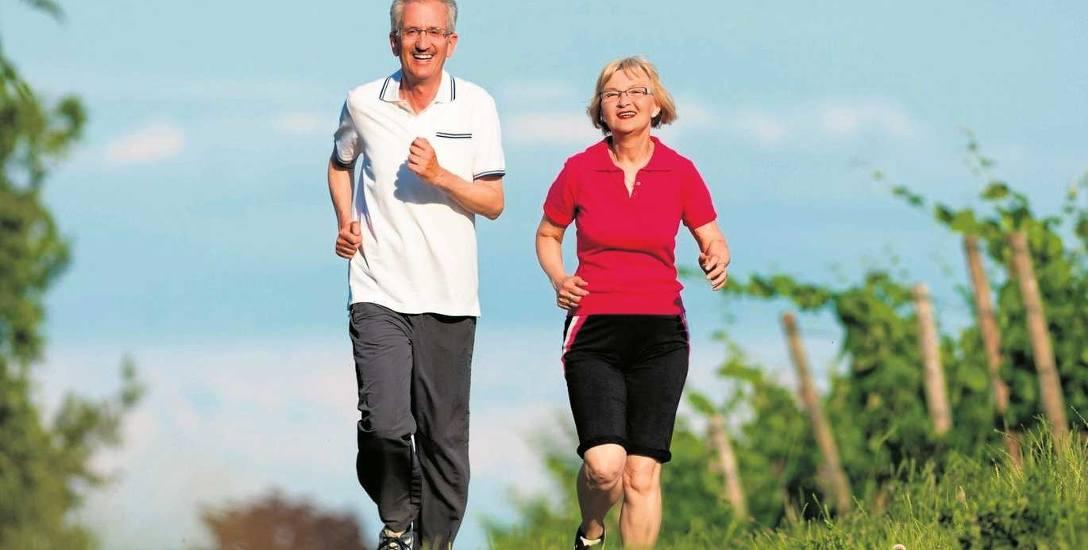 Wielu seniorów zdecydowało się na emeryturę, ale dalej czują się na siłach, by pracować i dorabiać.