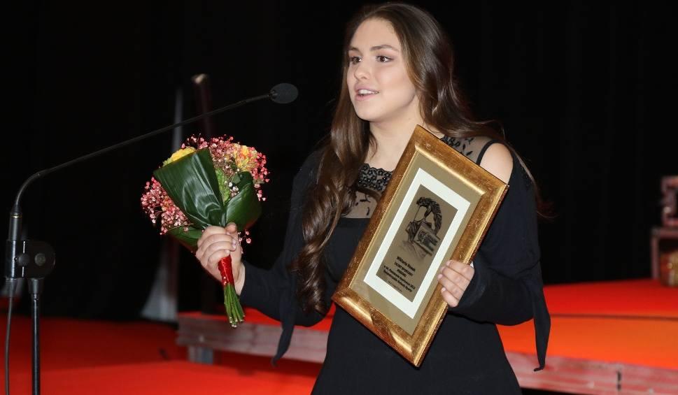 Film do artykułu: Specjalne wyróżnienia dla talentów 2015 roku (WIDEO)