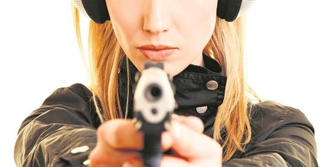 Polaków coraz bardziej ciągnie do strzelania