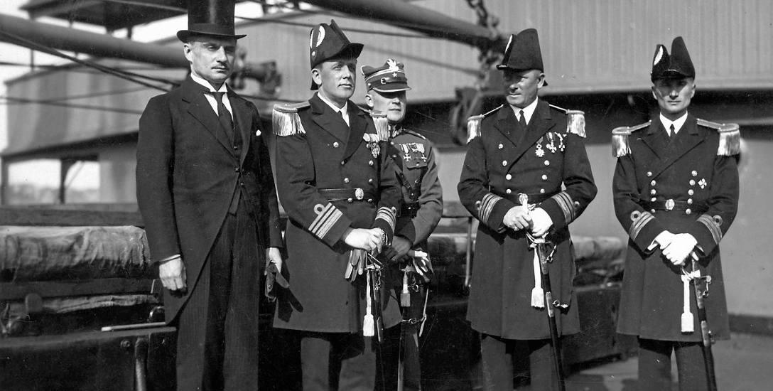 Admirał Józef Unrug miał gest. Podarował chrześniakowi cenny sygnet