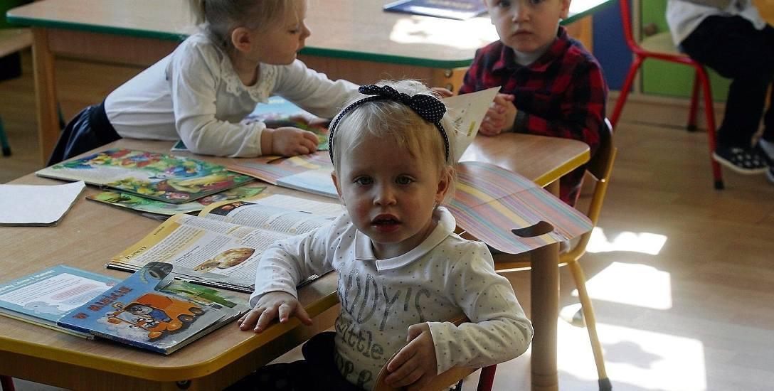 Kiedy zapisać dziecko do żłobka? Najlepiej zaraz po urodzeniu - niestety kolejki oczekujących na miejsce potrafią być bardzo długie