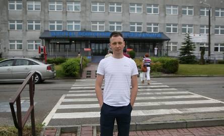Tomasz Zając z trudem sam dojechał samochodem do szpitala w Chrzanowie. Tam pomocy nie otrzymał, odesłano go do Krakowa