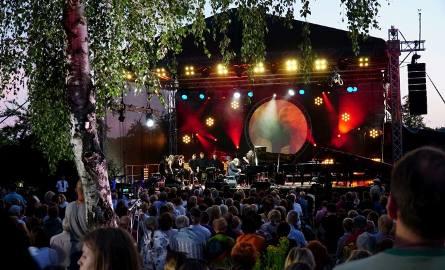 W poniedziałek nad Jeziorem Strzeszyńskim rozpoczął się Enter Enea Festival.  Zobacz zdjęcia ----->