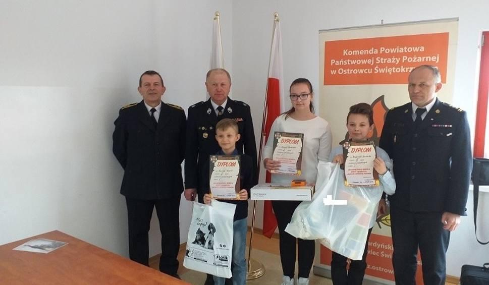 Film do artykułu: Młodzież zapobiega pożarom - uczniowie z powiatu ostrowieckiego w etapie wojewódzkim konkursu [ZDJĘCIA]
