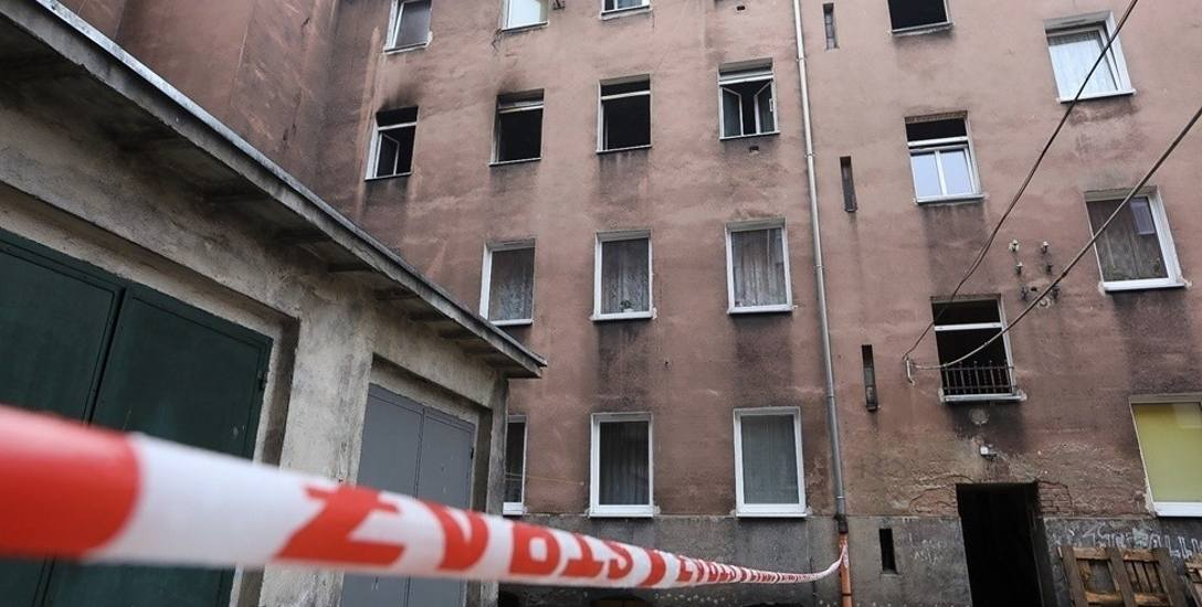 Kamienica przy ul. Małkowskiego w Szczecinie, gdzie wybuchł pożar