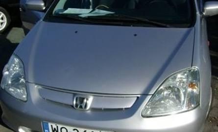 Honda Civic, 2003 r. 1,7 CDTI, ABS, centralny zamek, elektryczne szyby i lusterka, immobiliser, klimatyzacja, 4 x airbag, 28 tys. zł.