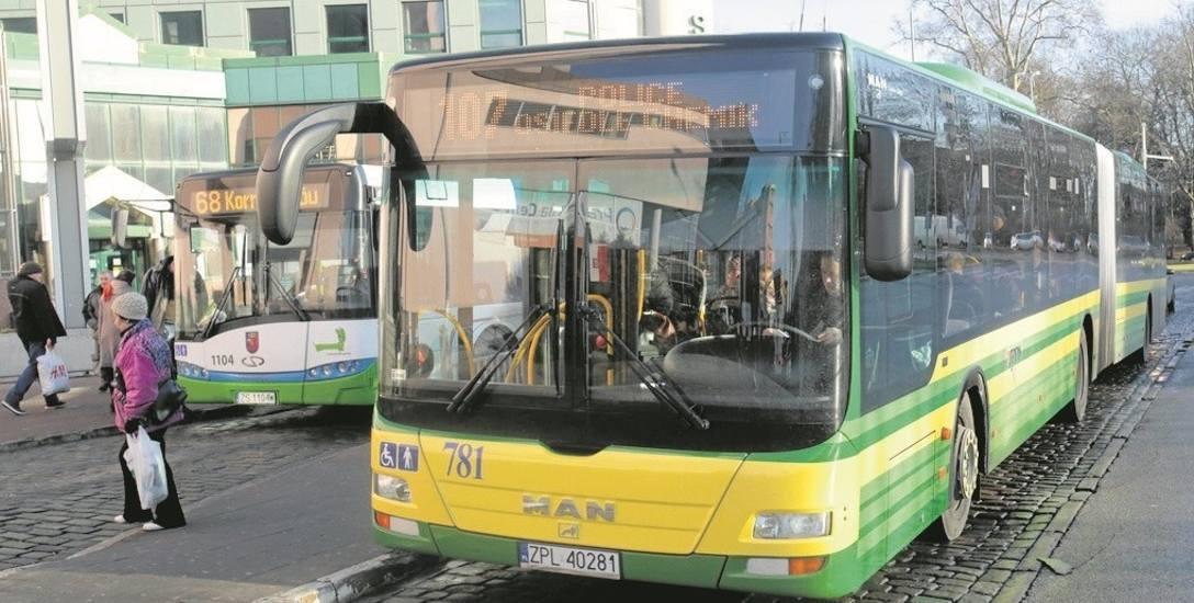 Uzyskanie uprawnień do wykonywania zawodu kierowcy autobusu nie jest tanie. Koszt kursów to około 10 tysięcy złotych.  Ale warto zainwestować, żeby zdobyć